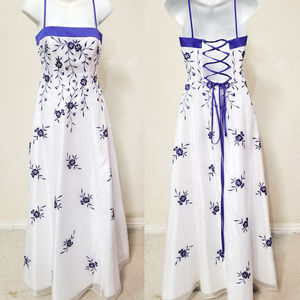 NWOT David's Bridal White Floral Evening Gown